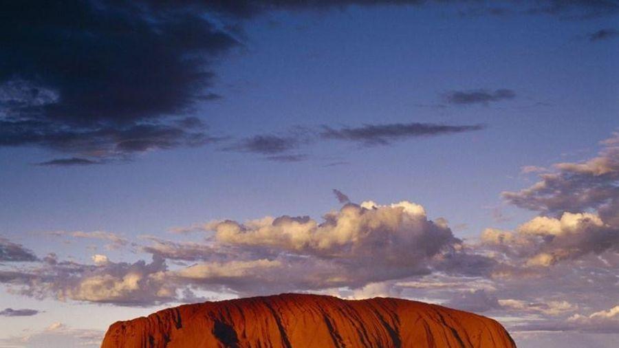 Australia yêu cầu Google gỡ bỏ những hình ảnh về đỉnh núi Uluru