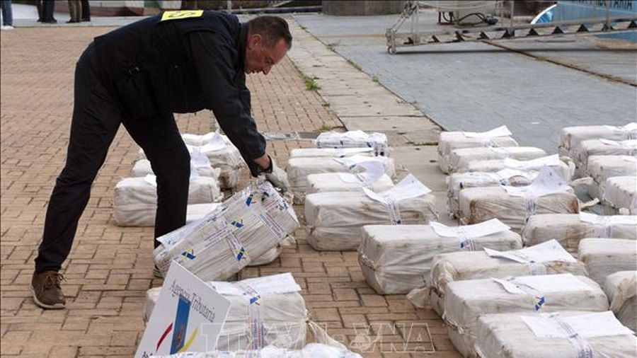 Dịch COVID-19 không làm suy giảm hoạt động mua bán ma túy tại châu Âu