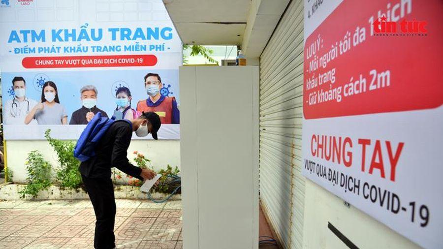 Tinh thần vì cộng đồng của người Việt trong đại dịch COVID-19