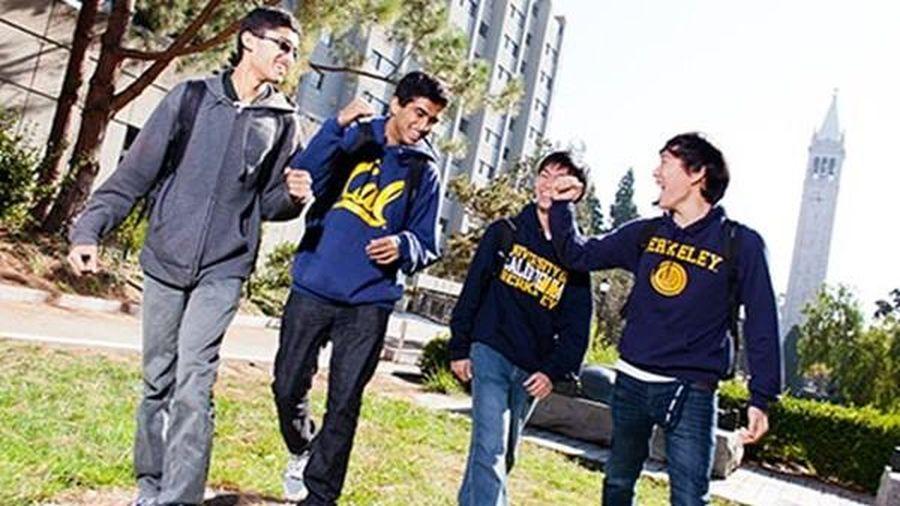 Bị tố nhận 64 sinh viên 'nhà giàu, nhiều quan hệ', Đại học Top 3 Mỹ phản ứng thế nào?