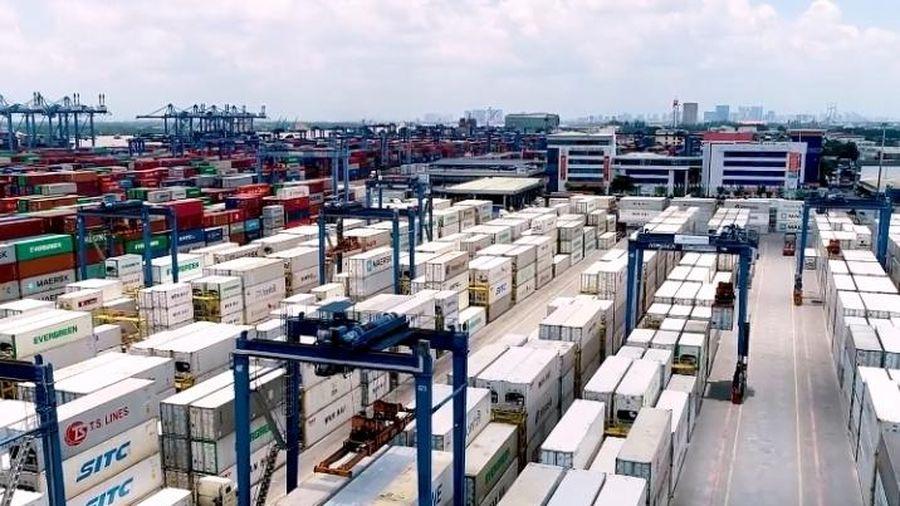 Đã thông quan hơn 1.200 container hàng quá cảnh ứ đọng tại cảng Cát Lái