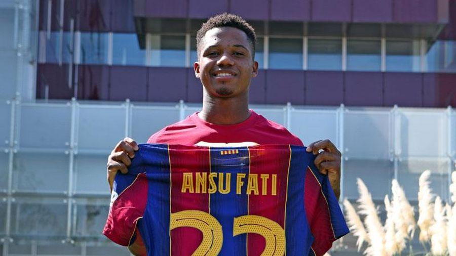 Ansu Fati gia hạn hợp đồng với Barca, lấy số áo 22 của Vidal