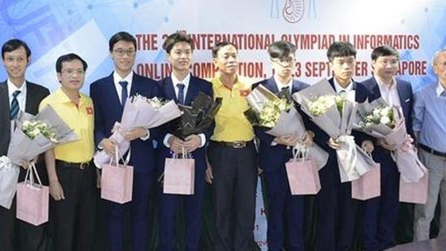 Việt Nam giành HCV cuộc thi Olympic Tin học quốc tế 2020