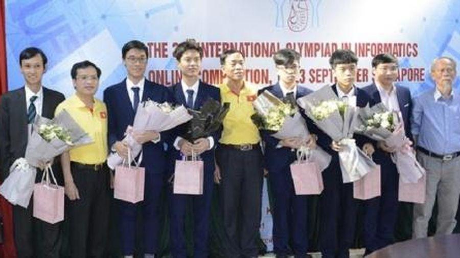 Việt Nam giành huy chương vàng Olympic Tin học quốc tế năm 2020