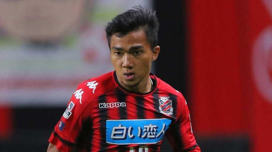 'Messi Thái Lan' chấn thương, xuống phong độ ở Nhật Bản