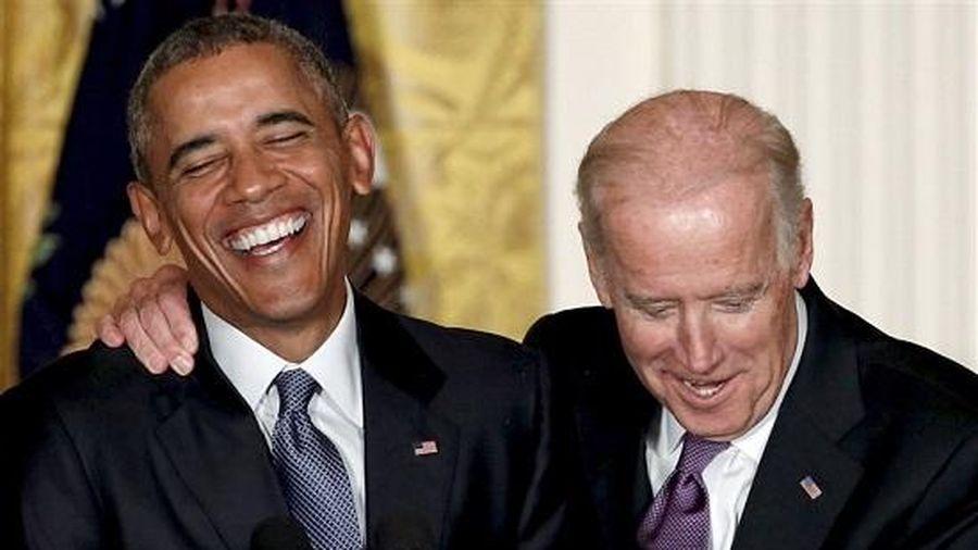Cựu Tổng thống Mỹ Obama công khai số điện thoại để 'kéo' phiếu bầu cho ông Biden