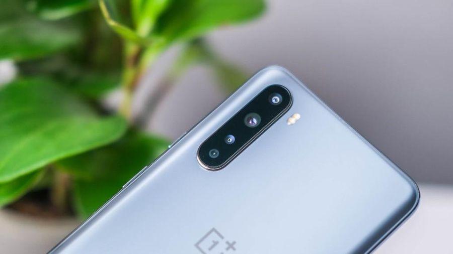 OnePlus 8T: Sạc nhanh 65W, sạc 15 phút dùng cả ngày