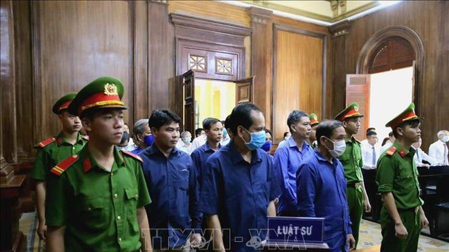 Viện kiểm sát đề nghị tuyên phạt nguyên Giám đốc Công ty Lương thực Trà Vinh 30 năm tù