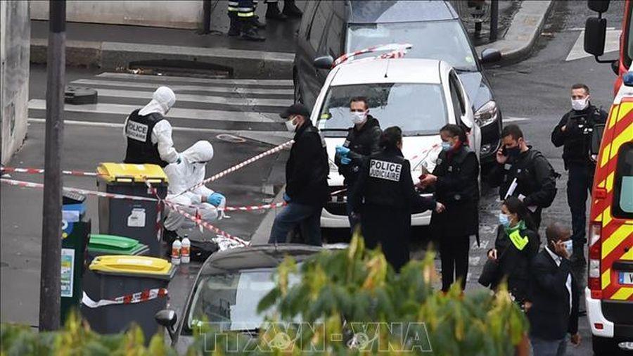 Điều tra vụ tấn công bằng dao ở Pháp theo hướng có liên quan khủng bố