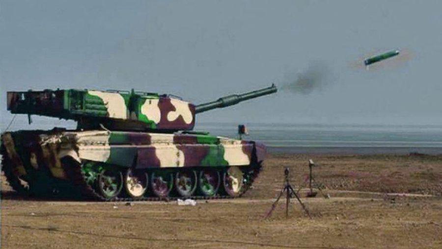 Ấn Độ bắn thử thành công tên lửa chống tăng dẫn đường bằng laser nội địa