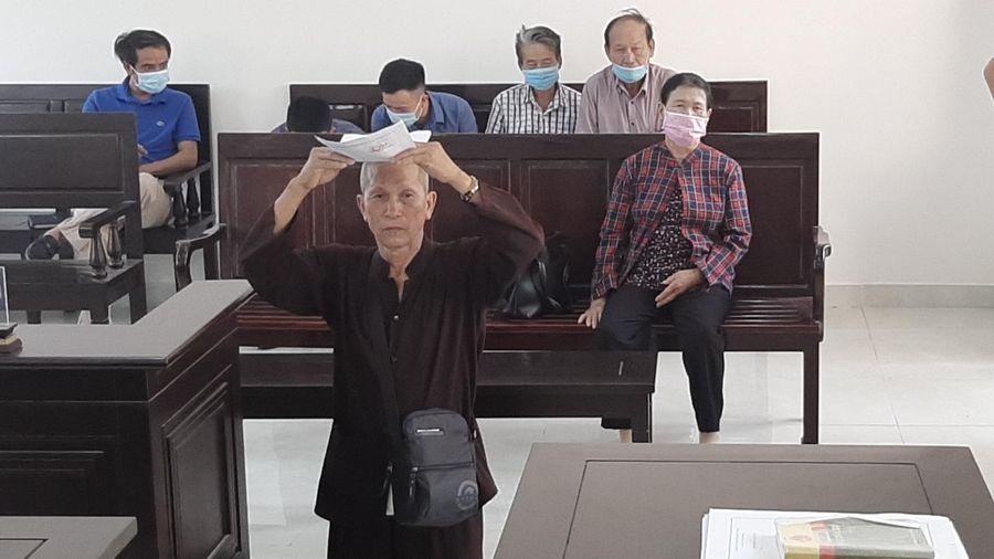 Ngày 25/9, TAND tỉnh Đồng Nai mở lại phiên phúc thẩm vụ 'cụ ông 20 năm đội đơn đi kiện'