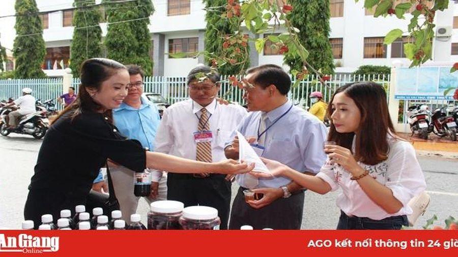 Xây dựng thương hiệu dâu tằm Hai Thuận