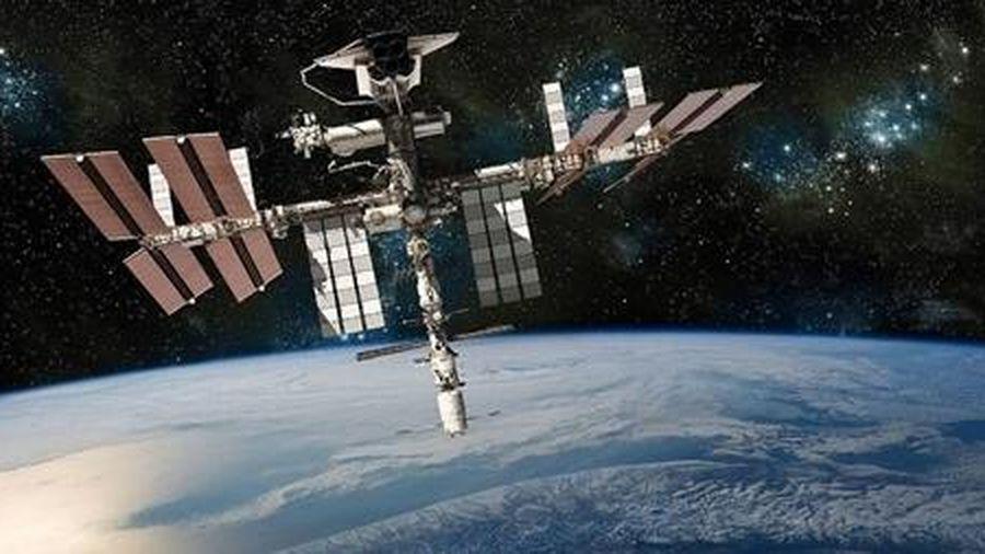 Trạm vũ trụ ISS bị 'thủng'