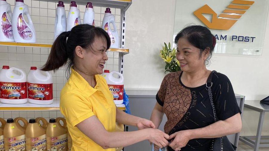 Khai trương mô hình bưu điện mới tại xã Xuân Sơn (thị xã Sơn Tây)