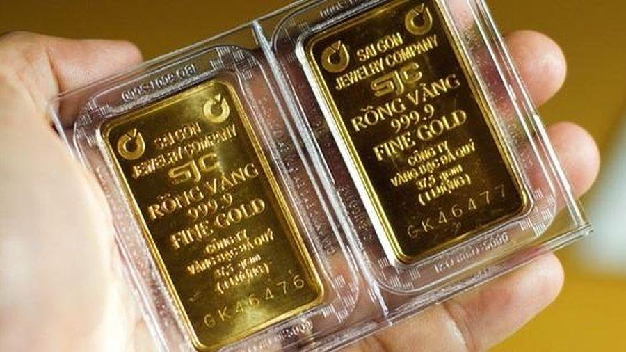 Giá vàng trong nước 'đắt' hơn vàng thế giới 3 triệu đồng/lượng