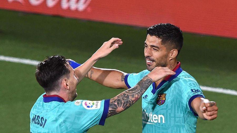 Lời chỉ trích của Messi là cú đấm vào Barca