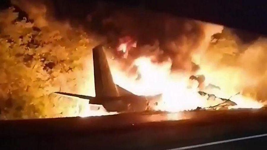 Rơi máy bay quân sự tại Ukraine, ít nhất 22 người thiệt mạng