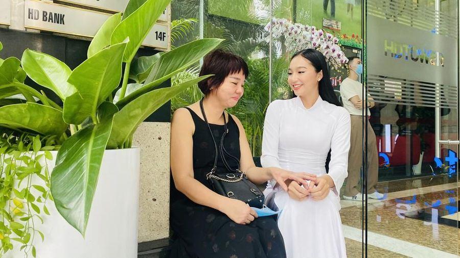 Những khoảnh khắc đẹp bên lề sơ khảo Hoa hậu Việt Nam 2020