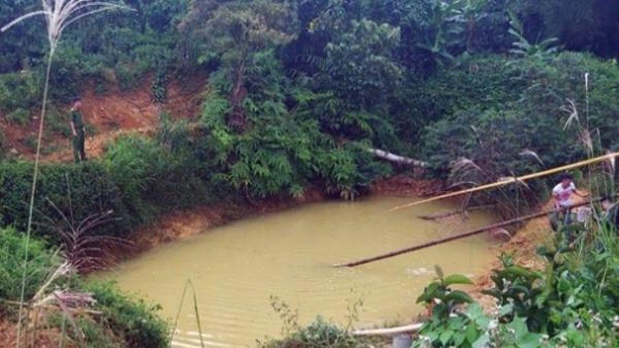 Thi thể ba cháu bé dưới ao nước tưới cà phê ở Lâm Đồng