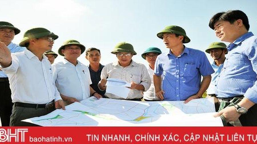 Hà Tĩnh lấy kinh nghiệm nông dân làm nền tảng xây dựng mô hình trồng lúa trên ruộng rươi