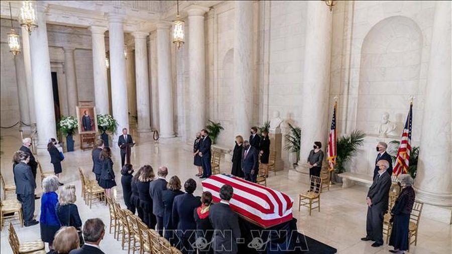 Lễ tưởng niệm vinh danh cố Thẩm phán R.B.Ginsburg tại Điện Capitol