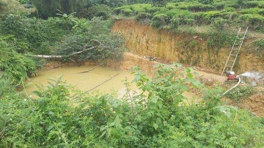 Lâm Đồng: Ba cháu nhỏ trượt chân xuống hố nước tử vong