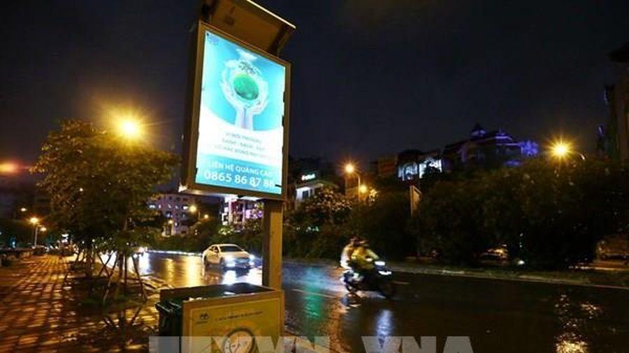 Hà Nội lắp đặt thùng rác công nghệ mới trên đường phố