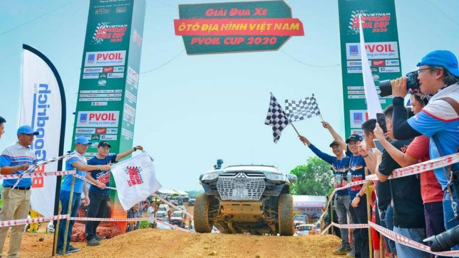 Khai mạc giải đua xe ô tô địa hình Việt Nam 2020