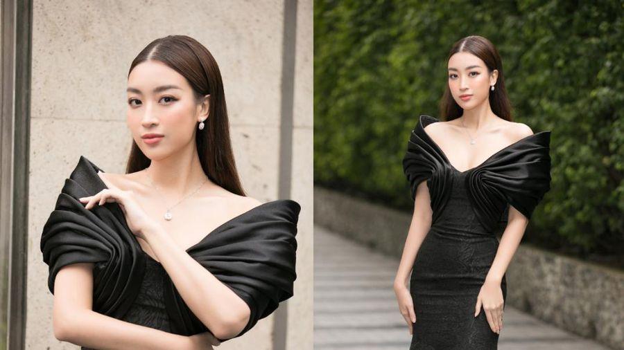 Hoa hậu Đỗ Mỹ Linh diện sắc đen kinh điển, đẹp lộng lẫy như nàng thơ