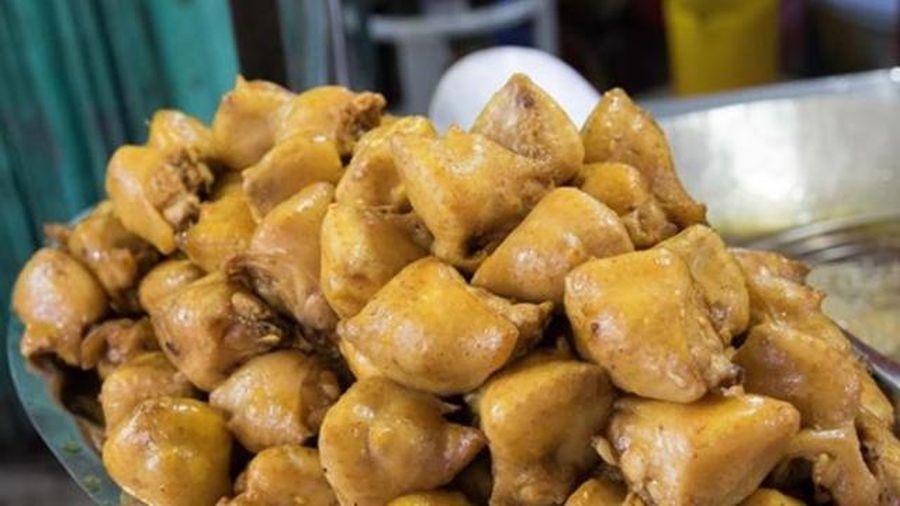 Tưởng phần nào của gà cũng sạch nhưng 5 chỗ này cần nghĩ kỹ trước khi ăn