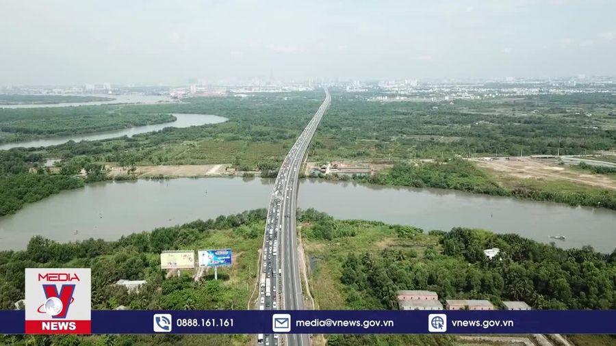 Việt Nam đứng thứ 2 về tăng trưởng kinh tế