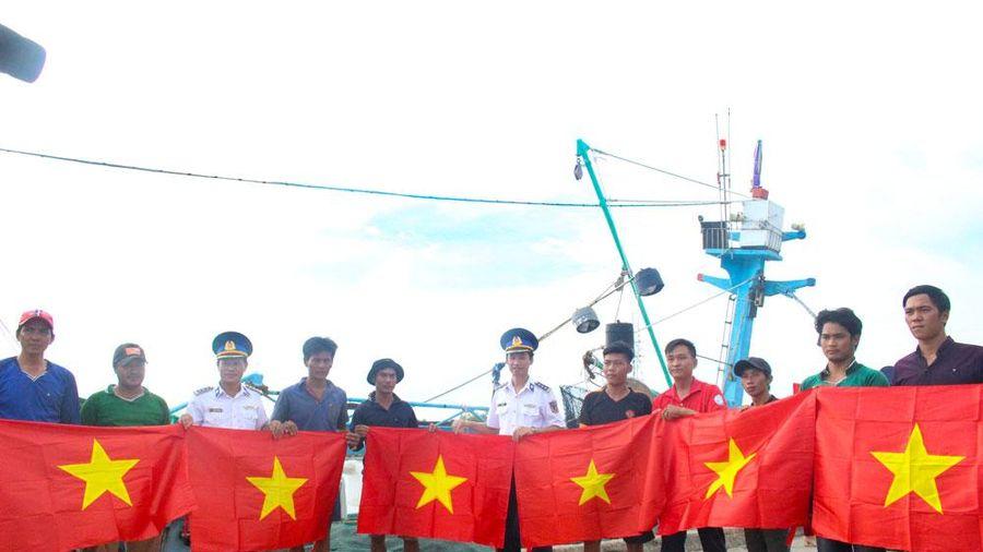 Kiên Giang: Triển khai chương trình 'Cảnh sát biển đồng hành với ngư dân'