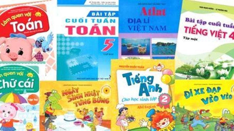 Cấm mọi hình thức 'khuyến khích' đưa sách tham khảo vào trường học