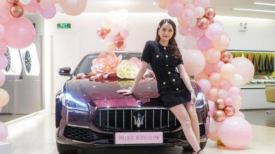 Loạt sao Việt mạnh tay tậu xe sang tiền tỷ