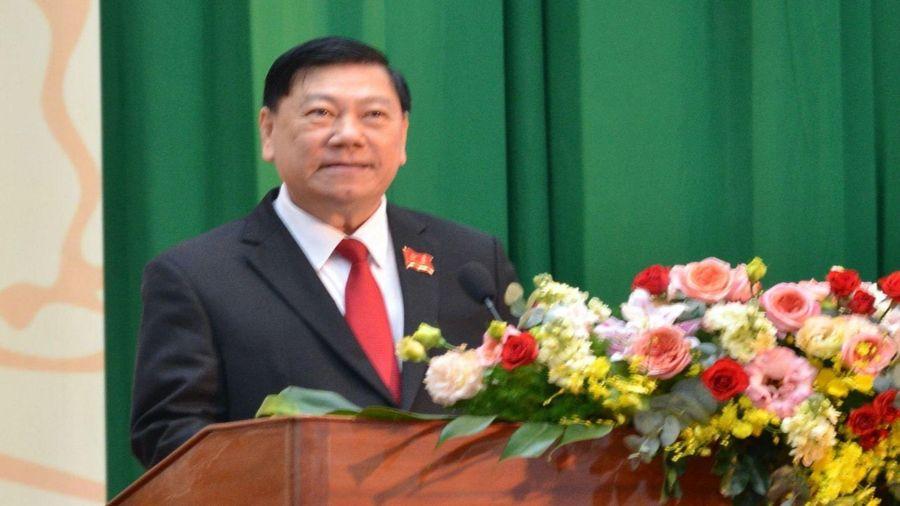 Chân dung Bí thư Tỉnh ủy Vĩnh Long Trần Văn Rón