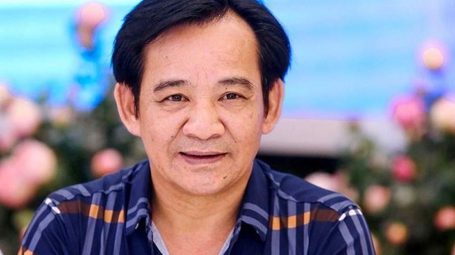 Hé lộ cuộc hôn nhân kín tiếng, ròng rã suốt 13 năm chữa hiếm muộn của NSƯT Quang Tèo