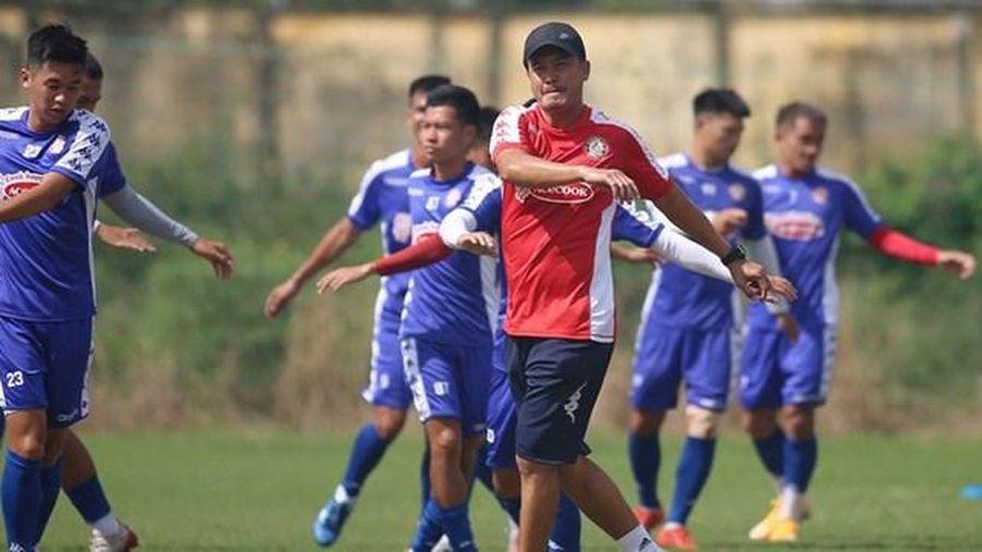 Cựu tuyển thủ Lương Trung Tuấn tái xuất