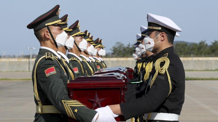 TQ đón hài cốt 117 binh sĩ chết trong Chiến tranh Triều Tiên
