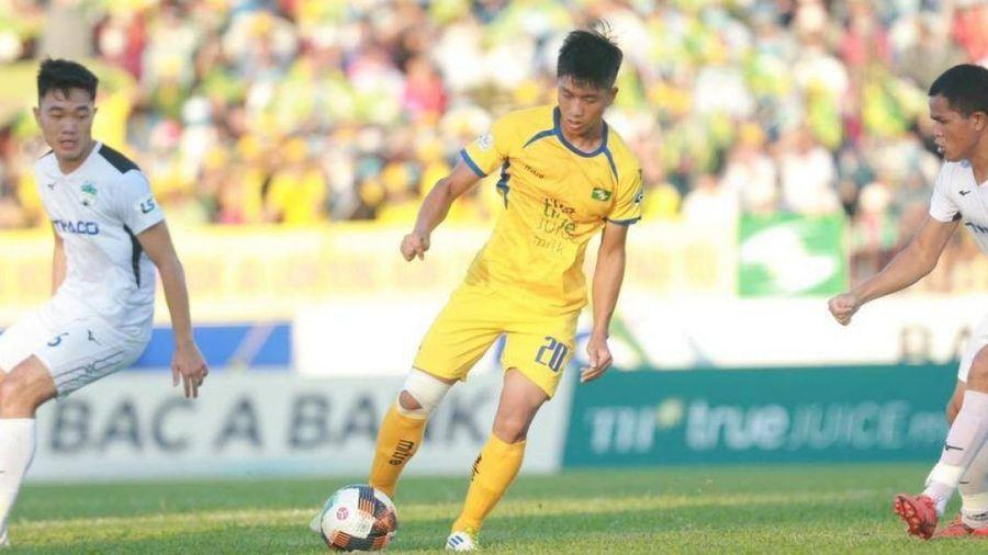 V-League vừa trở lại, thầy Park lo lắng cho 'bộ não' tuyển Việt Nam
