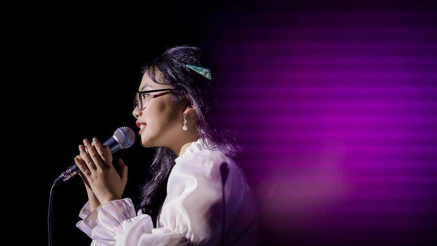 Rụng tim trước phiên bản Người Tình Mùa Đông 5 thứ tiếng của Phương Mỹ Chi