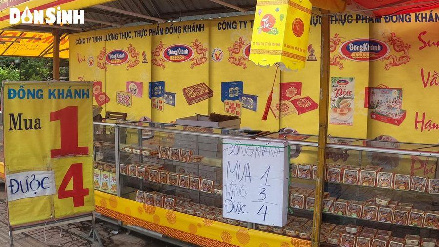 Nhiều cửa hàng bánh Trung thu ở TP.HCM 'đại hạ giá', khuyến mãi vẫn ế ẩm