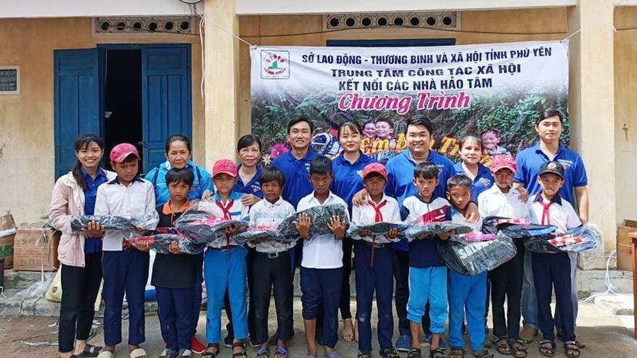 Phú Yên: Hỗ trợ hơn 1,2 tỷ đồng cho trẻ em có hoàn cảnh khó khăn