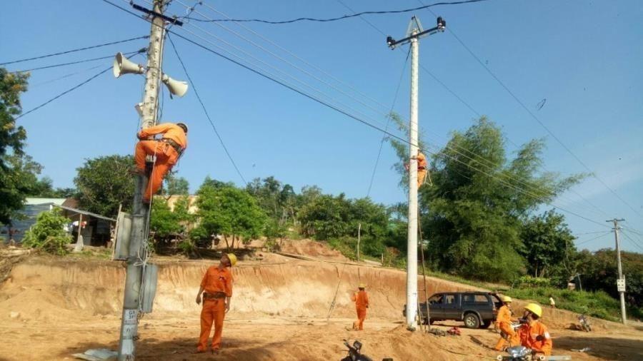 Gia Lai: Vượt khó đưa điện về làng vùng sâu, vùng xa, vùng đồng bào tái định cư