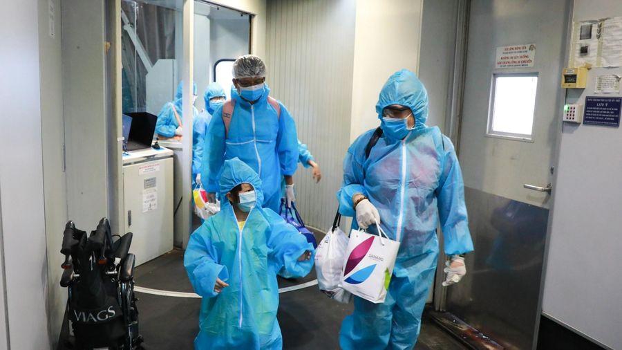 Tình hình dịch COVID-19 trong ngày: Thêm 5 ca mắc mới là người nhập cảnh từ Pháp