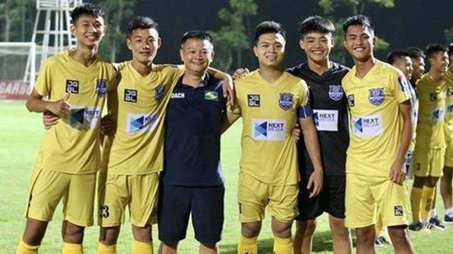 Phạm Văn Quyến và cái duyên cùng bóng đá trẻ Sông Lam Nghệ An