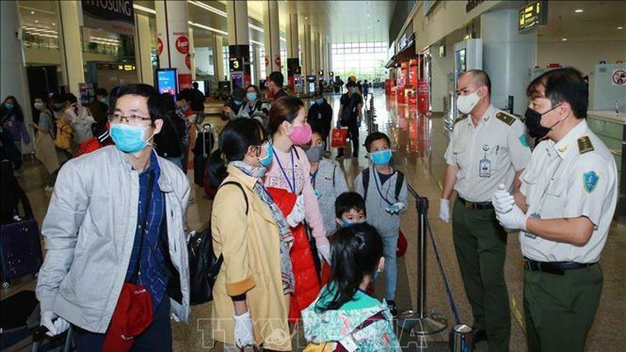 Chiều 27/9: Thêm 5 ca nhiễm mới, Việt Nam ghi nhận 1.074 bệnh nhân dương tính với Covid-19