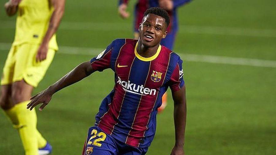 Sao trẻ lập cú đúp, Messi ghi bàn, Barca thắng lớn trận mở màn