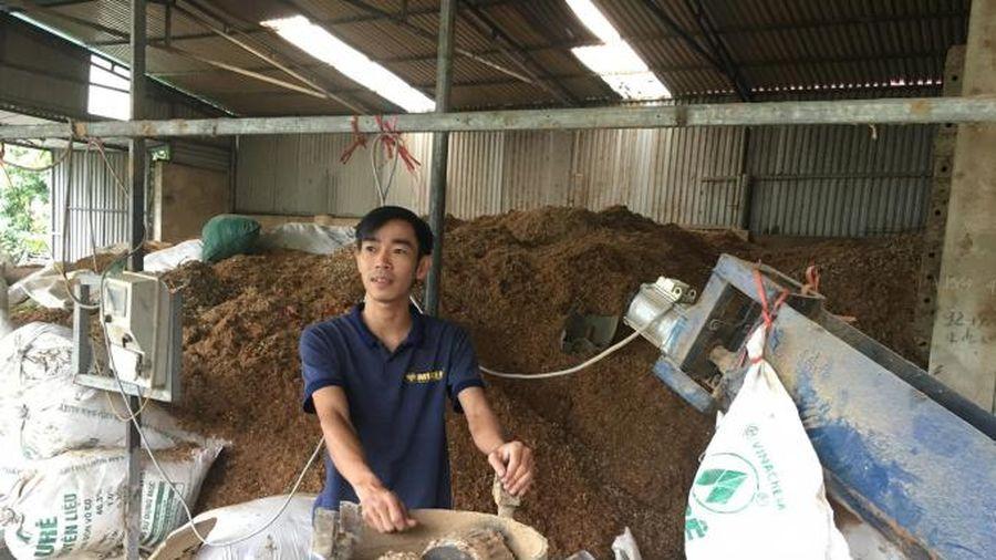 Thanh niên nông thôn khởi nghiệp: (Bài 3) Biến rác thải thành chất đốt