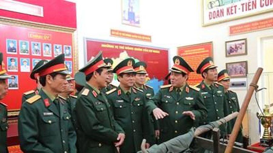 Xây dựng Đảng bộ Quân đội vững mạnh về chính trị, tư tưởng, tổ chức và đạo đức đáp ứng yêu cầu nhiệm vụ trong tình hình mới