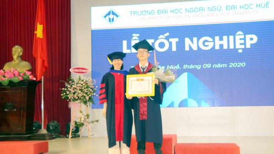 Trao bằng tốt nghiệp cho hơn 720 sinh viên, học viên, nghiên cứu sinh
